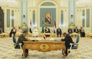 مصادر دبلوماسية : رئيس الوزراء يوجه بعض الوزراء بالعودة إلى عدن
