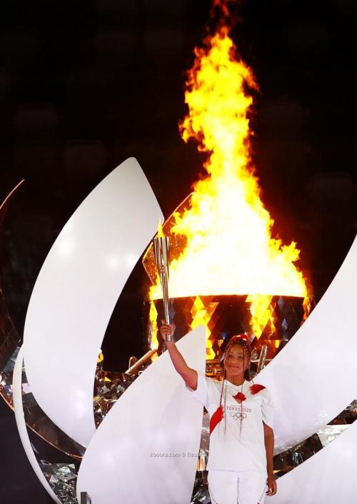 بالصور: حفل افتتاح هادئ للأولمبياد.. والدرون تبهر العالم
