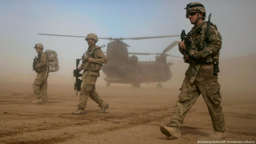 كاتب أمريكي: أمريكا خسرت حرب أفغانستان.. ولكن من كسبها؟